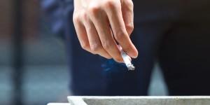 Sauver les vapoteurs versus sauver les fumeurs: un dilemme éthique